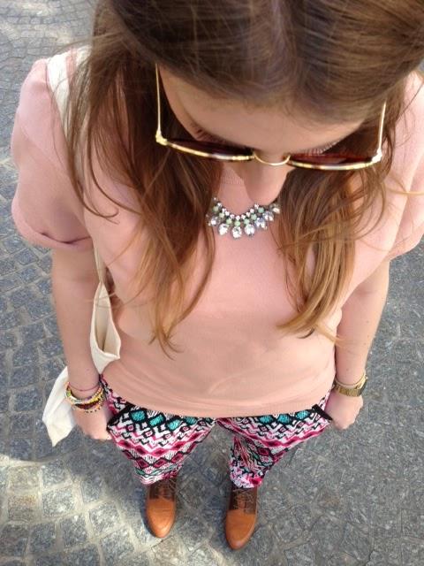 http://charlenesurlenet.blogspot.fr/2013/04/hello-aujourdhui-cest-mode-oui-si-tu-me.html#comment-form