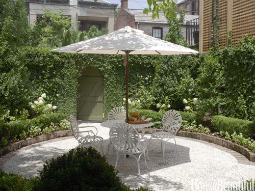 Sweet savannah row house michaela noelle designs for Row house garden design