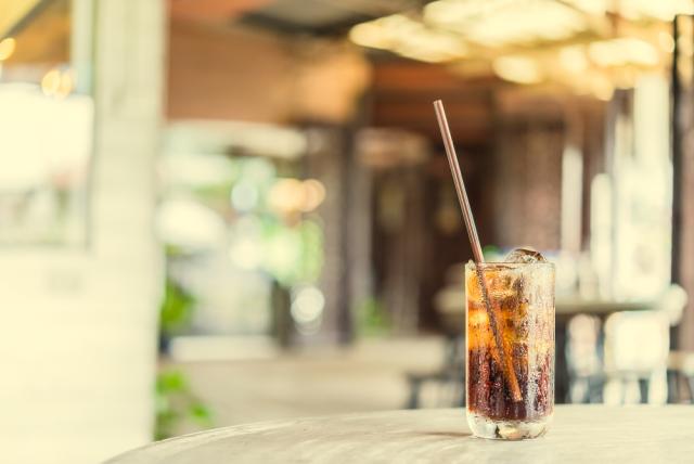 Tahukah Anda? Seteguk Minuman Ini Setara Dengan 10 Sendok Gula!!