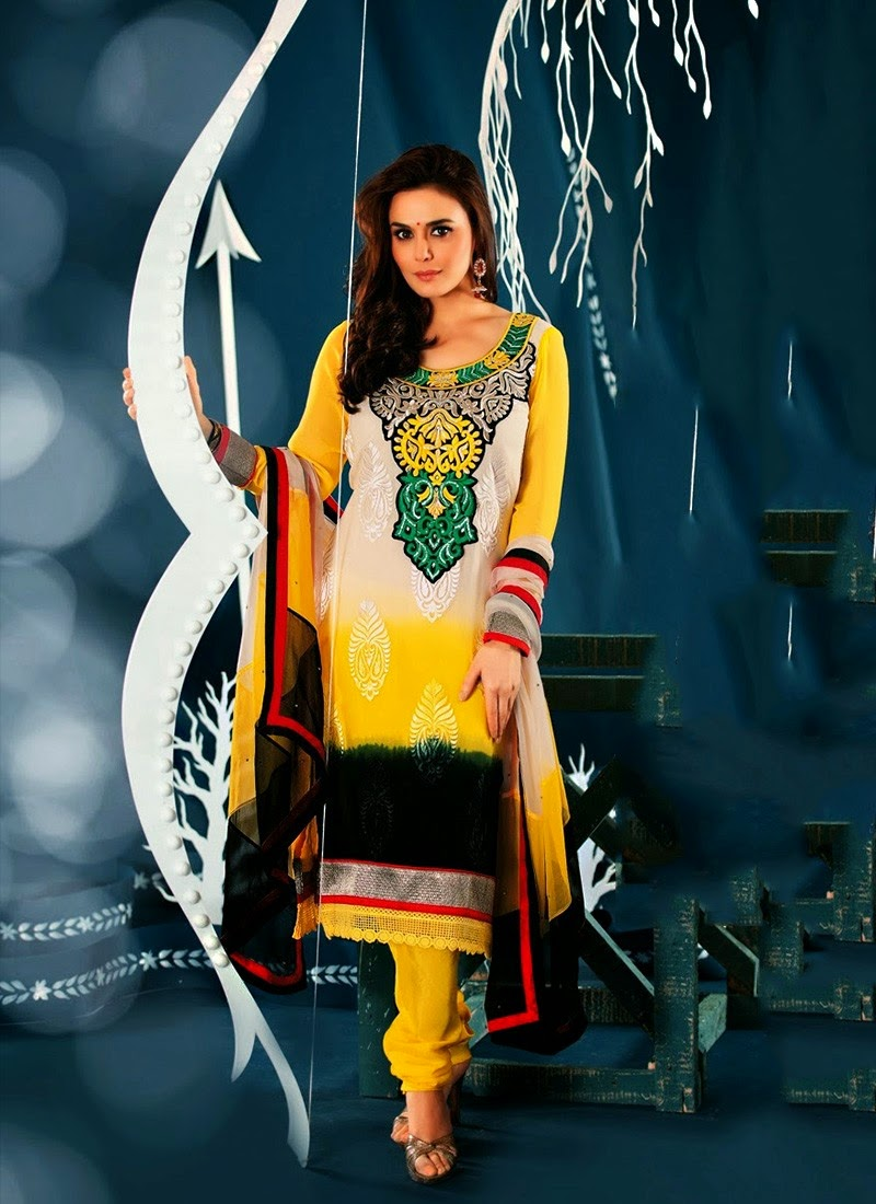 Awesome Dress For Preity Zinta Wallpapers Free Download