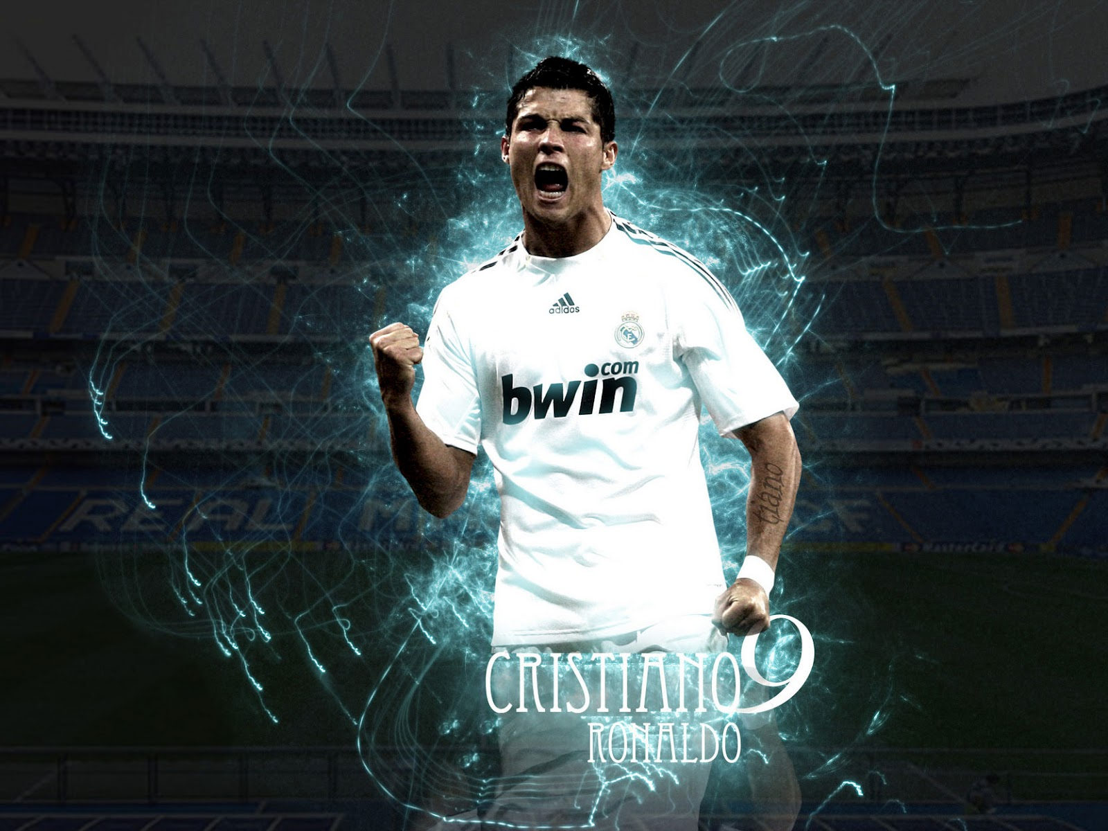 Top football players cristiano ronaldo wallpapers 2012 for The latest wallpaper