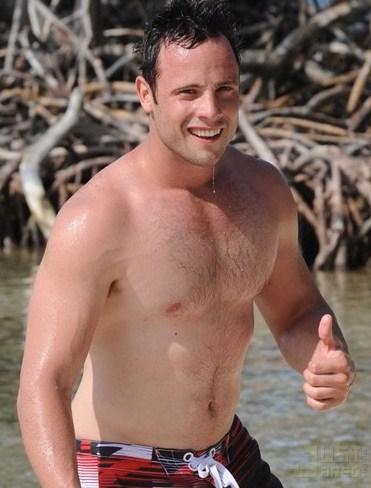 Oscar Nude