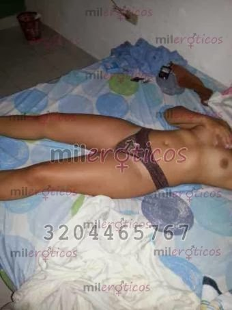 levas masaje erótico rubia en Santander
