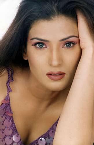 Resham Pakistani Actress