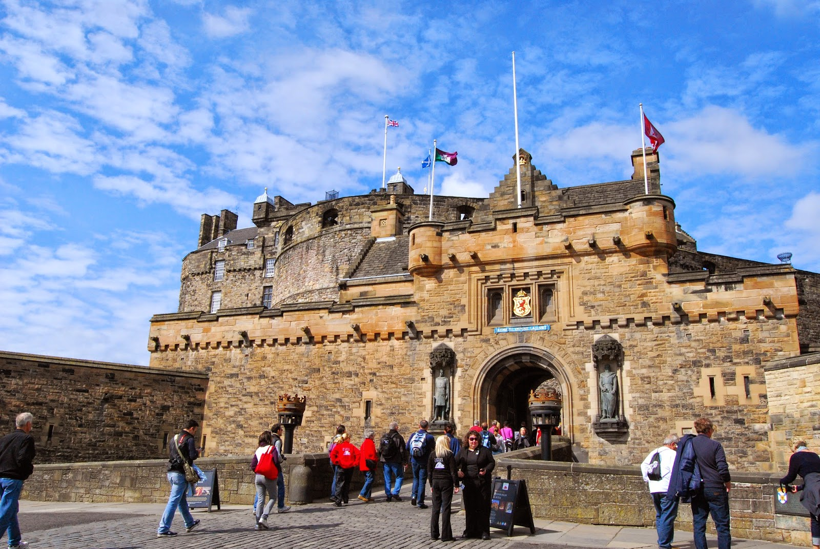 8 beautiful places to visit in scotland for Travel to edinburgh scotland