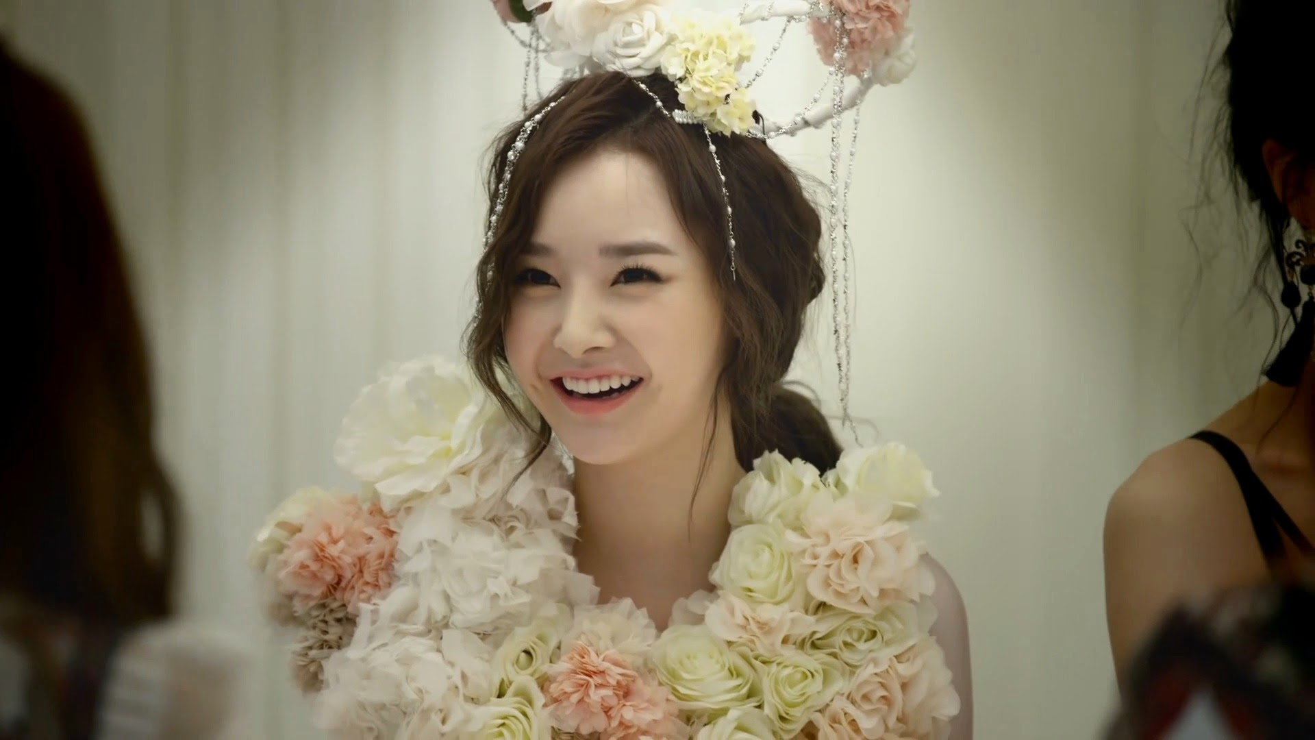 Dal Shabet's Woohee in Joker MV