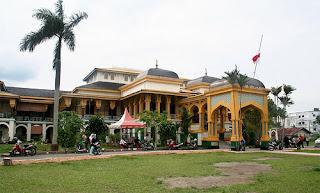 Istana Maimun penghuni medan