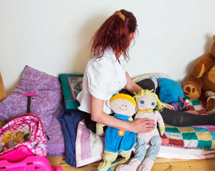 """יונית: """"בדרך הביתה, סיפרה לי אחת הבנות שהמדריכים נכנסים אליהן בלילה למיטה"""". צילום: יהושע יוסף"""