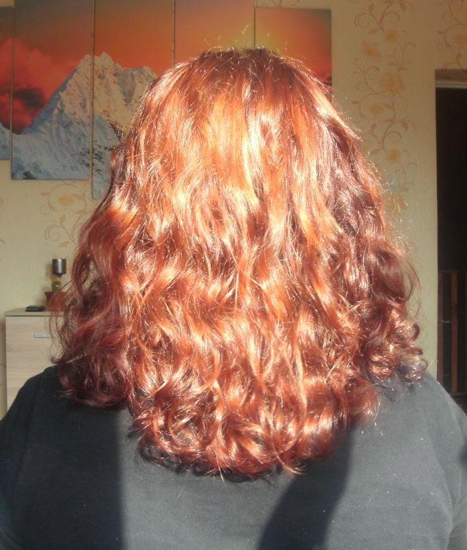 Niedziela dla włosów z olejem z pestek wiśni i maską aloesową NaturVital