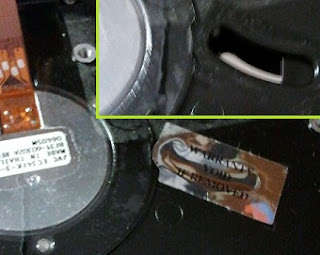 Void warranty - Pegatina retirada y vemos el otro lado