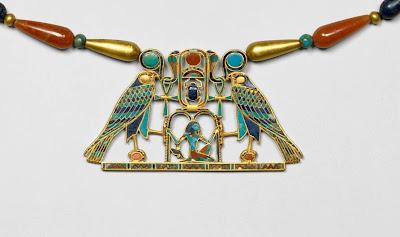 Pectoral y collar de la princesa Sit-Hathor-Iunet
