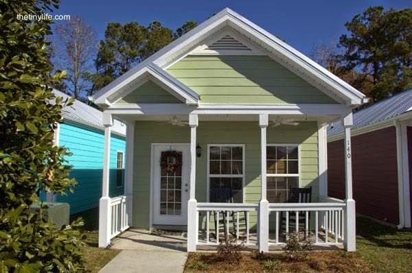 Arquitectura de casas 45 fachadas de casas peque as - Casa pequena de madera ...