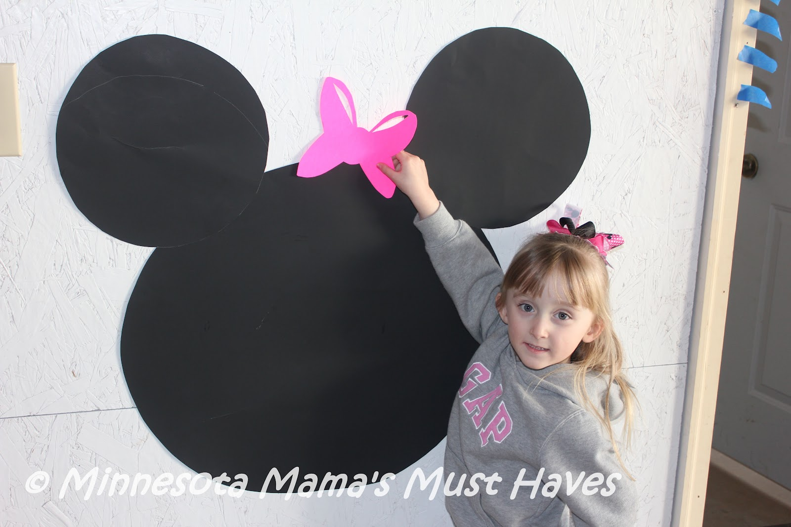 Diy minnie mouse birthday party games pin the bow on minnie mouse save amipublicfo Choice Image