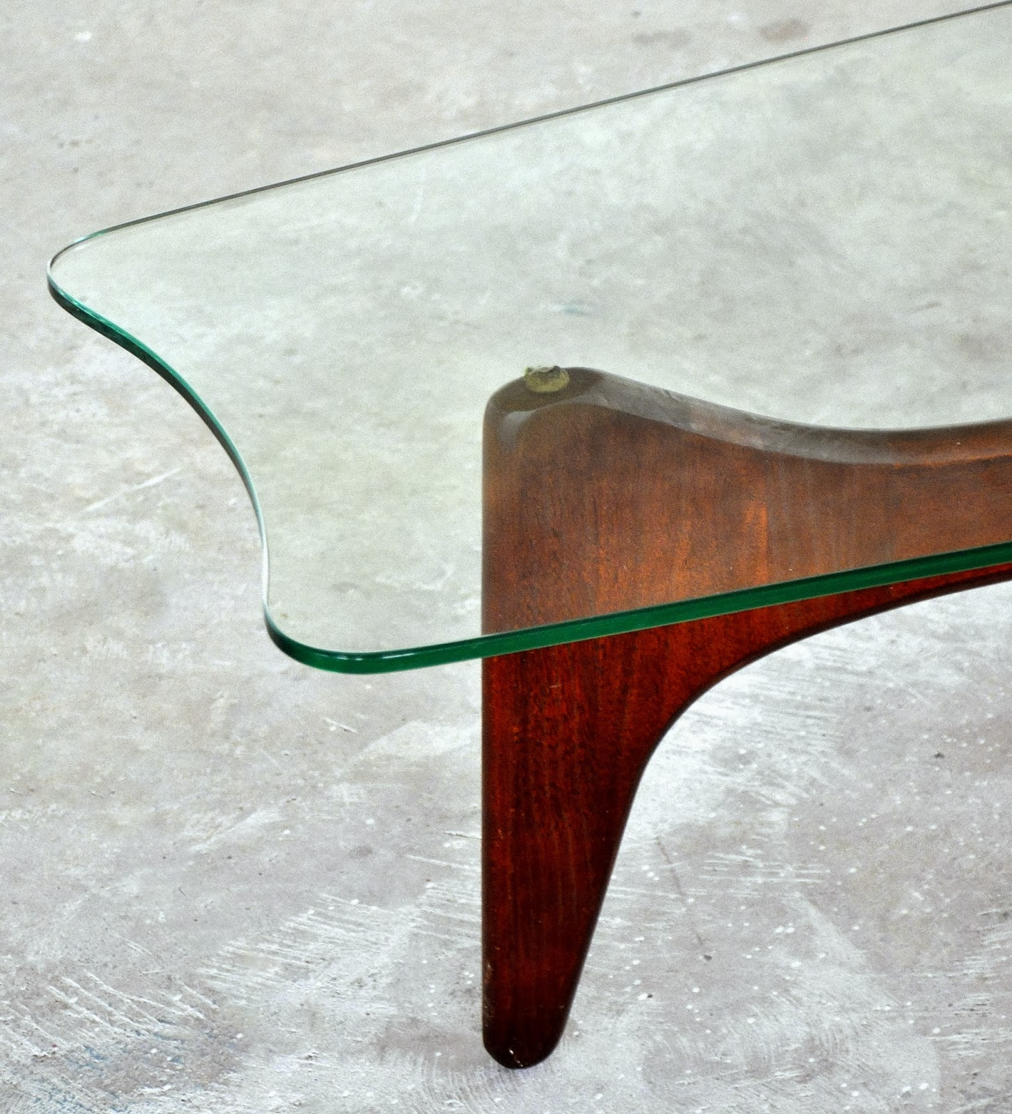 SELECT MODERN Adrian Pearsall Stingray Coffee or Cocktail Table