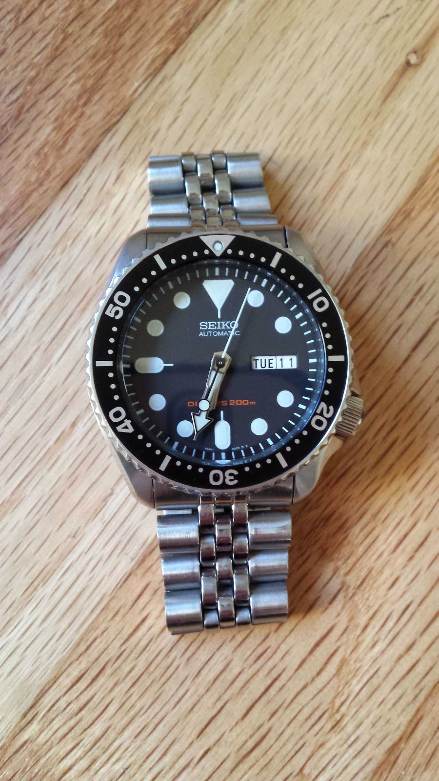 outer to article dive submariner on inner divers part rolex space diving from tropic watch watches watchgecko rubber iso diver