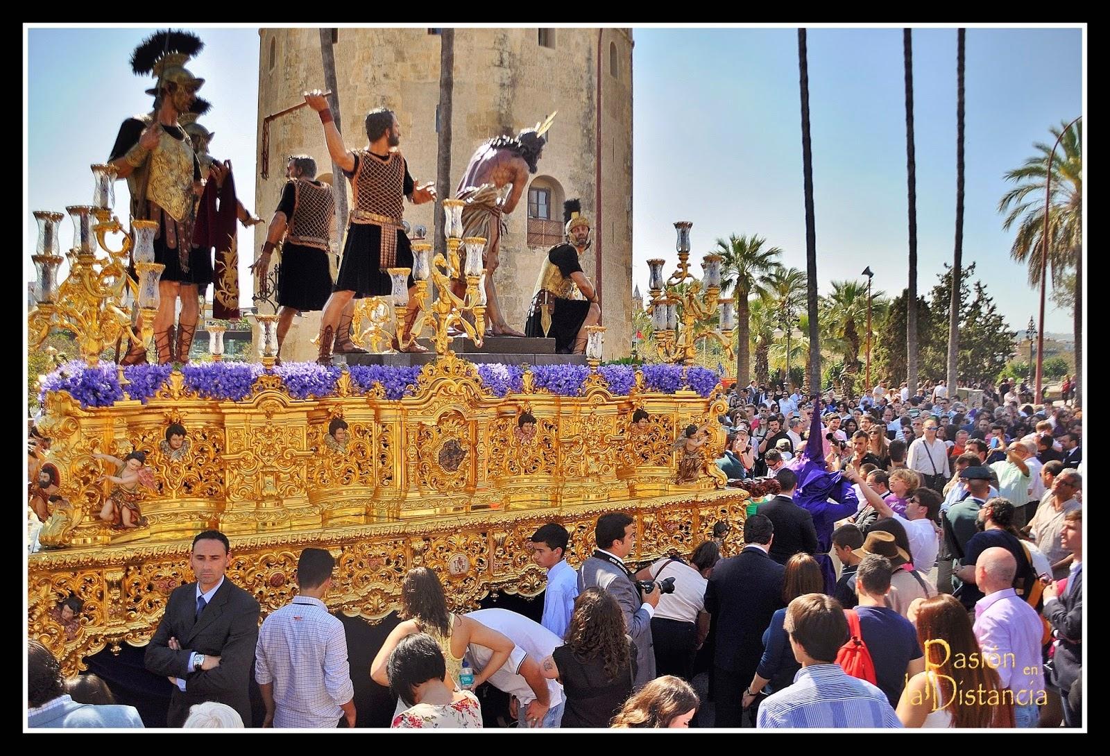 Flores, exornos florales pasos Jueves Santo Semana Santa de Sevilla 2014