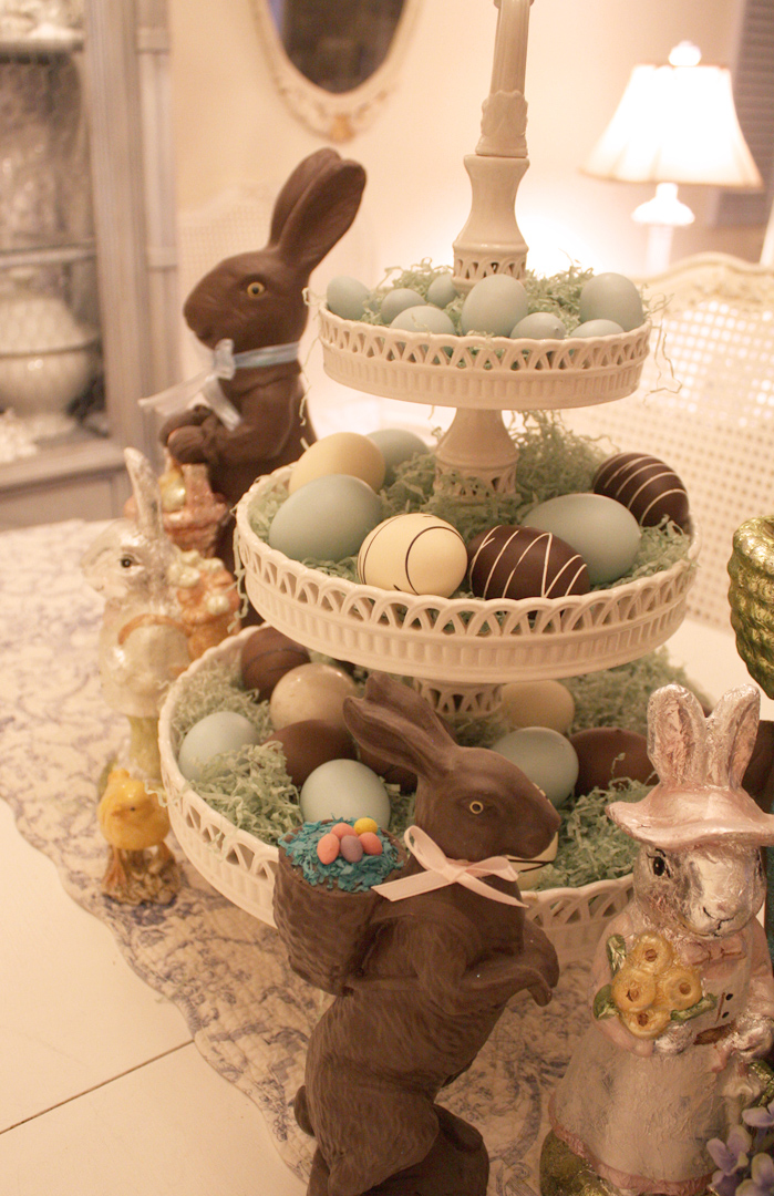 My romantic home bingo and easter decor for Table centerpiece ideas for home