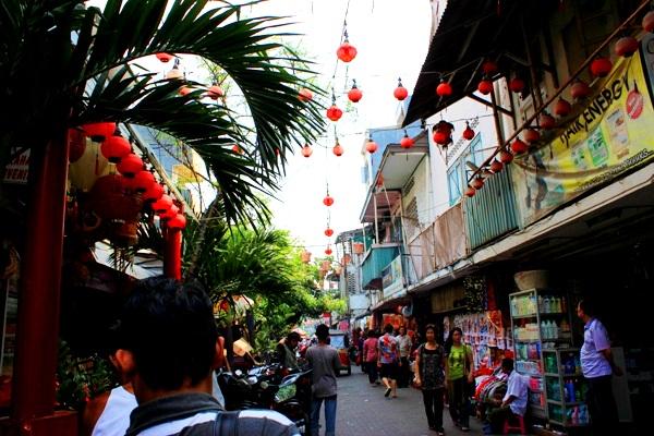 wisata plus kuliner di pasar petak sembilan glodok jakarta