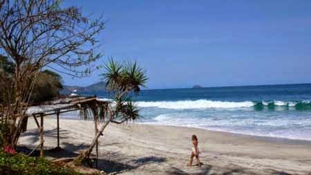 5 Pantai Terindah Di Pulau Bali Padangbai | pommietravels.com