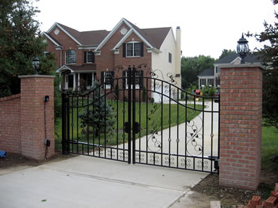 Brick Driveway Entrances4