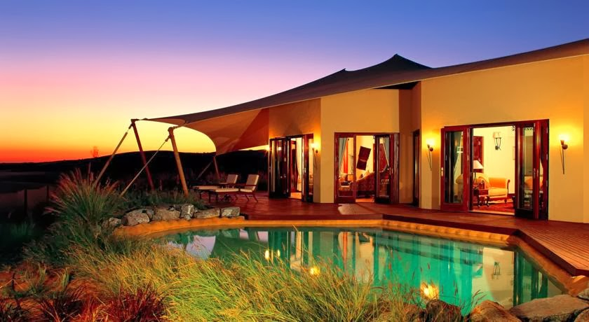 Passion for luxury top 10 most romantic hotels in the world for Top 10 most luxurious hotels in dubai