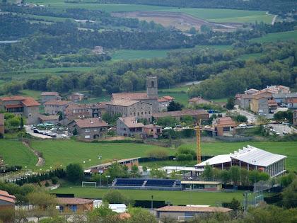 Sant Martí d'Avià des de sobre la zona de la Devesa