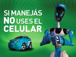 MANEJANDO NO USES CELULAR