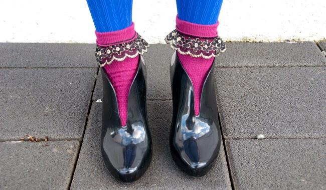 melissa shoes, ashanti melissa, socks with golden frills