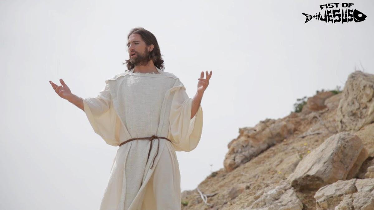 http://4.bp.blogspot.com/-ApJjxOHVPa8/UP-_7mykZFI/AAAAAAAAJT0/r0aivaOt3cQ/s1200/fist-of-jesus-viral.jpg