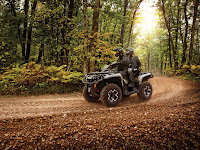 2013 Can-Am Outlander MAX XT 1000 ATV picture 1