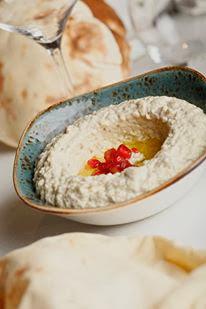 Hommous, plato libanes en du Liban. Blog Esteban Capdevila