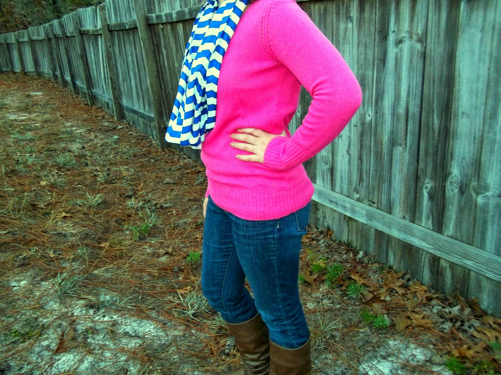 pink sweater, chevron scarf, jeans, brown boots. http://mybowsandclothes.blogspot.com/