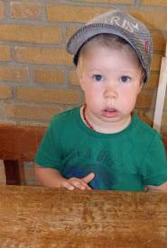 Nathan 2 jaar 7 maanden.