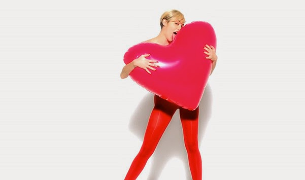 Miley Cyrus in advertising Golden Lady