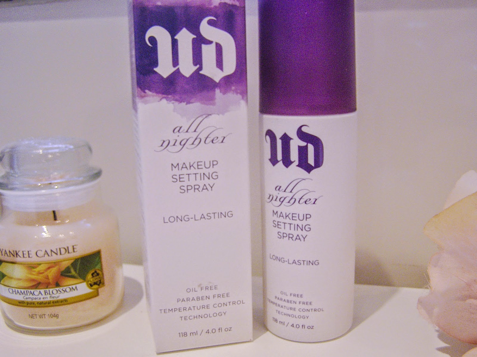 Urban Decay all nighted setting spray