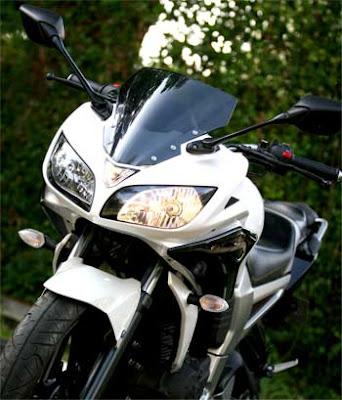 Modifiasi Yamaha Byson gaya Yamaha Fazer.jpg