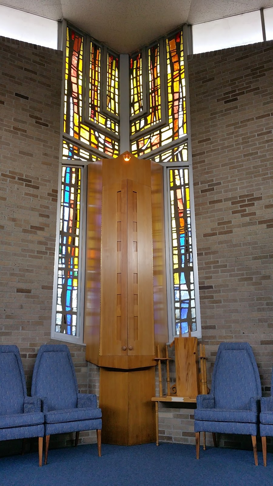 Binghamton NY Temple Concord Sanctuary Wing 1964 Stained Glass By Jean Jacques Duval Photo Samuel D Gruber 2015