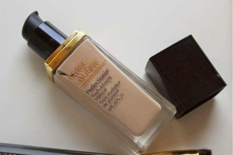 Estee Lauder Perfectionist Youth-Infusing Foundation