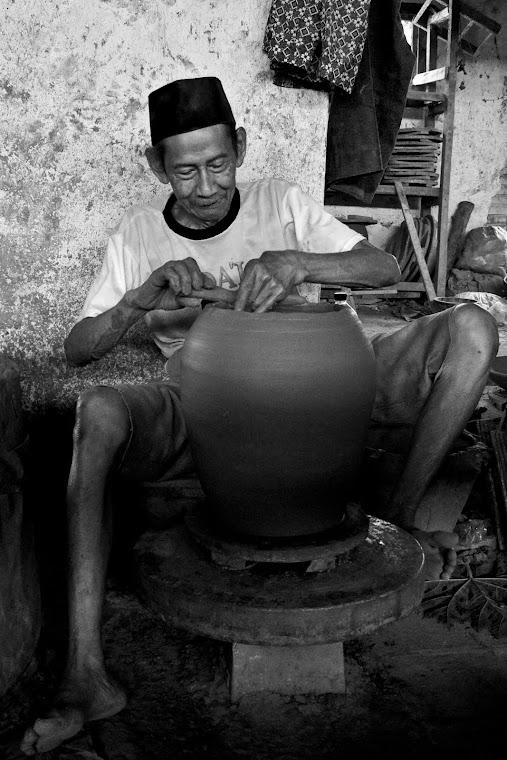 Sang Maestro Keramik. 2011
