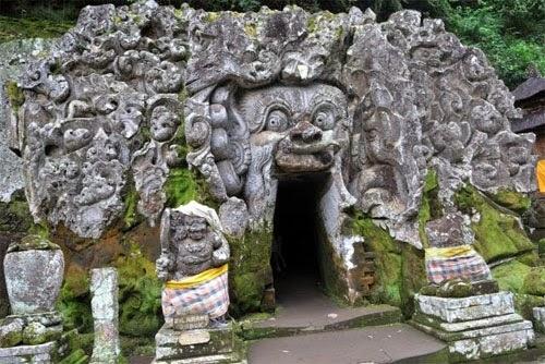 Tempat Wisata Goa Gajah Bali