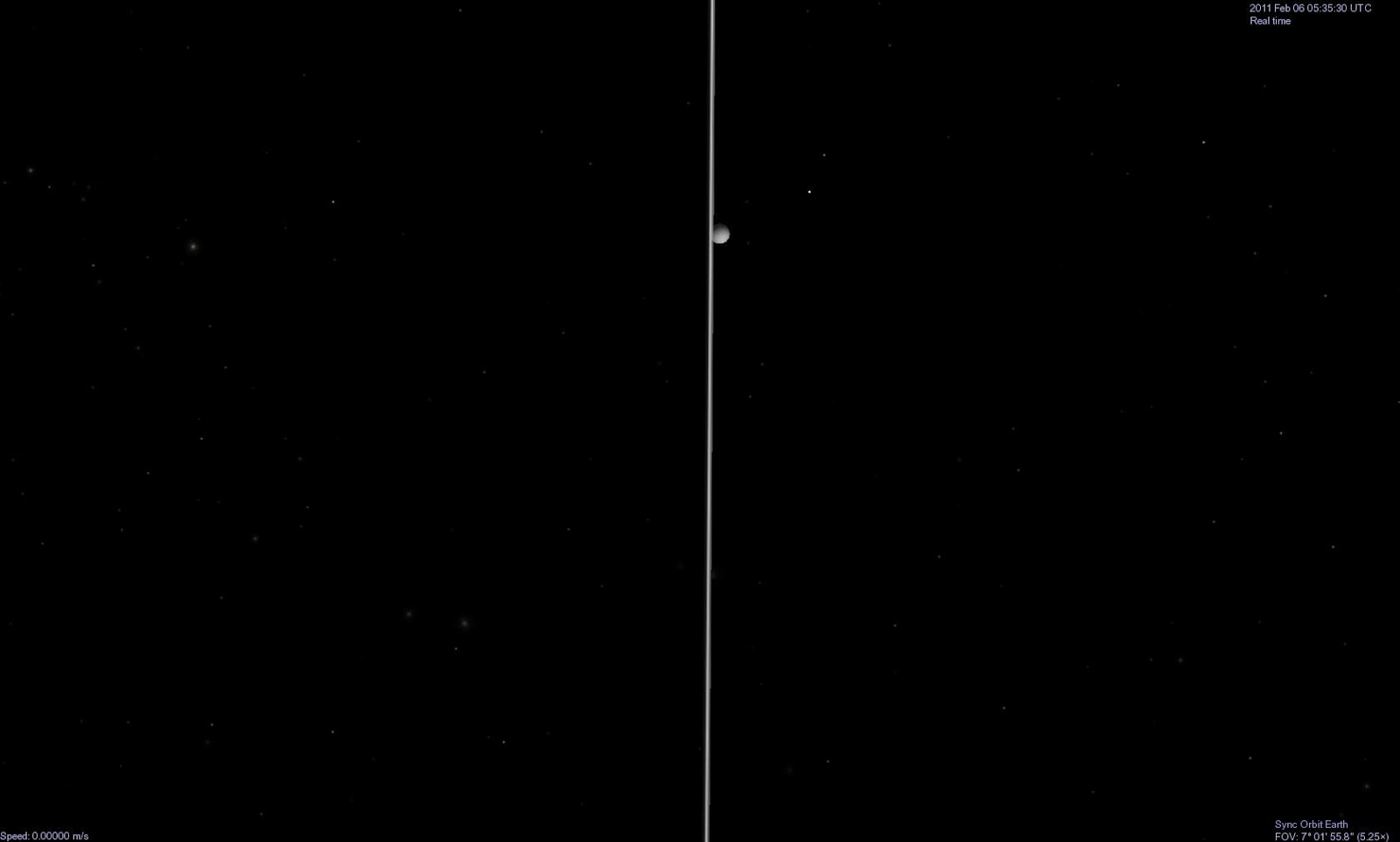 Mặt Trăng của Trái Đất cùng vành đai của hành tinh Thổ khi nhìn từ ngoài không gian. Tác giả : John Brady ở Astronomy Central trên mạng xã hội Reddit.