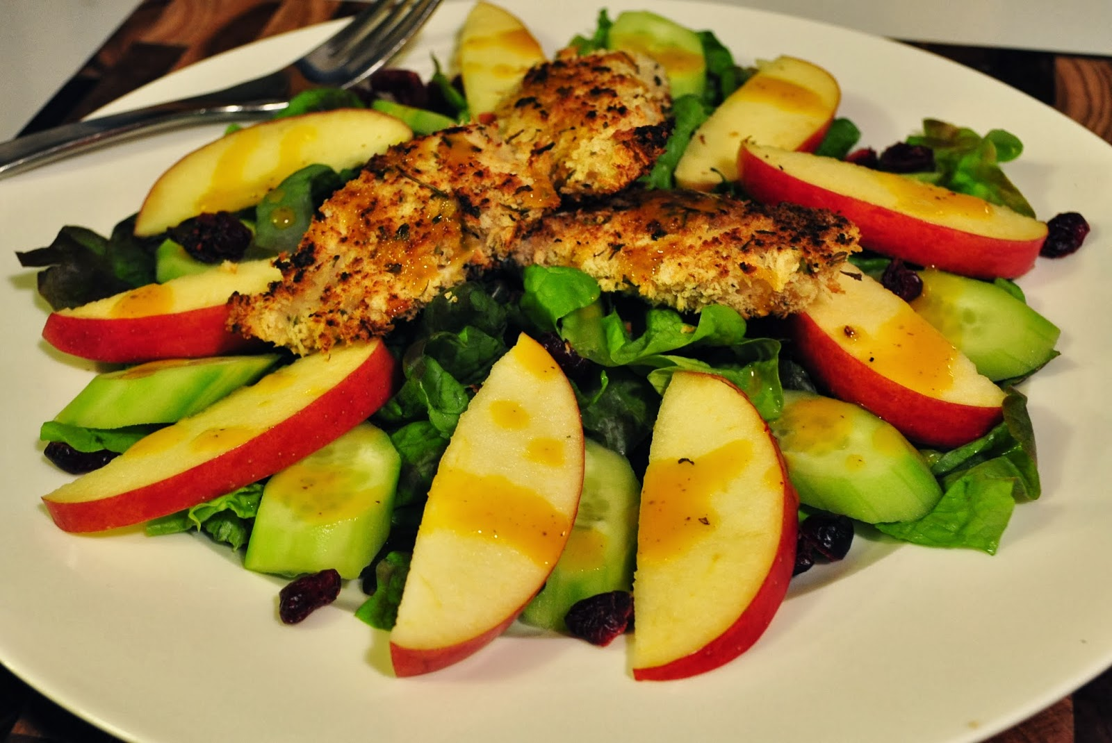 My Tiny Oven: Baked Crispy Chicken and Apple Salad