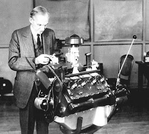 Henry Ford motor v4, lecciones para emprendedores