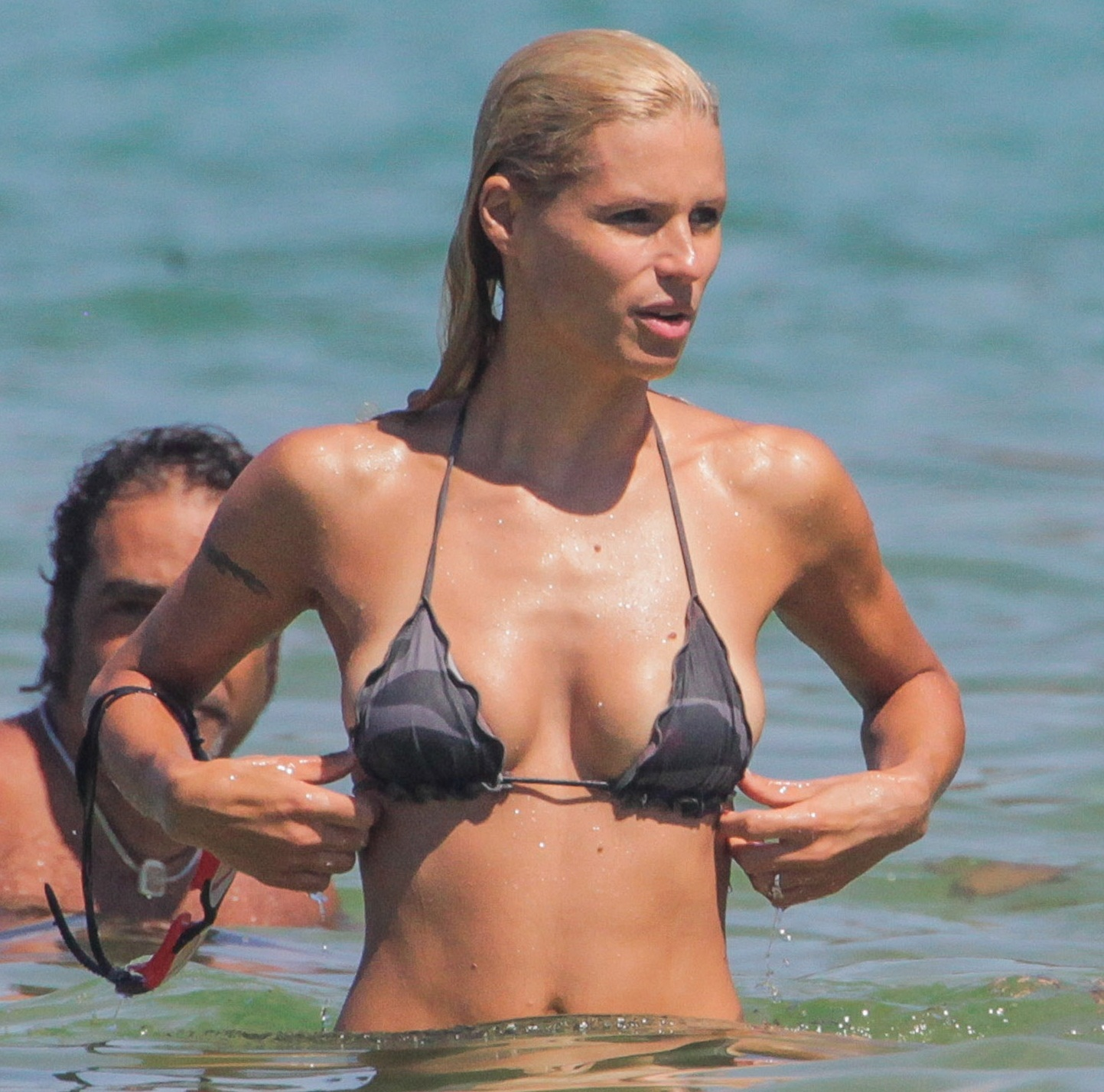 Hot pic: Michelle Hunziker bikini candids at Elba Island
