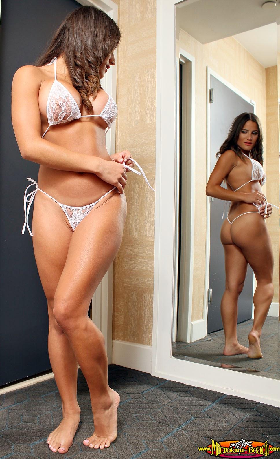 chichi in bikini