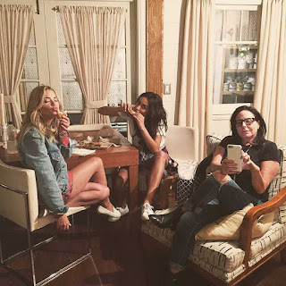 Ashley Benson, Shay Mitchell and Marlene King PLL BTS 6x19 sandwiches