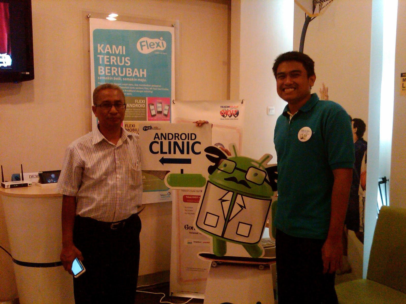 SaungIT bersama GM Commerce Telkom Flexi Regional III Jabar