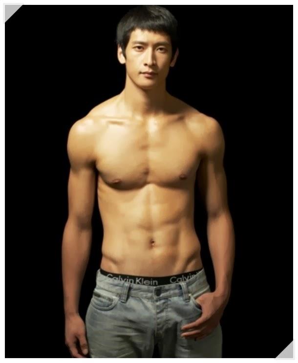 Hot Korean Men Moon Sung Min