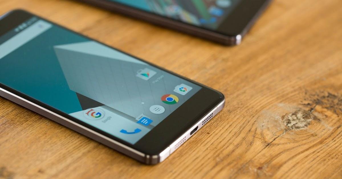 Perbandingan Handphone Kelas Menengah Motorola Moto X