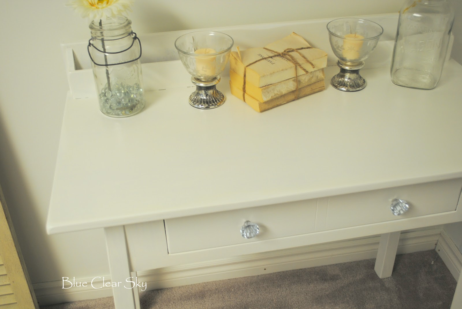 Guest Bedroom Desk Makeover title=